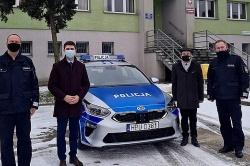 Nowy radiowóz dla policjantów z Witkowa