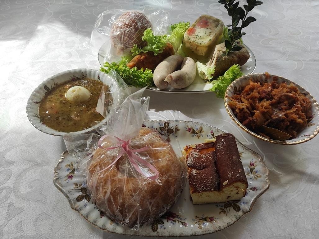 MOPS dostarcza posiłki na święta