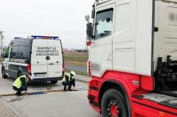 Inspektorzy zatrzymali ciężarówkę 15 km przed celem podróży! Przewoźnikowi grozi 30 tys. zł kary!