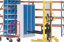 Wyposażenie sklepu a bezpieczeństwo pracowników magazynu