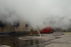 10 zastępów Straży Pożarnej walczyło z pożarem w Mierzewie!