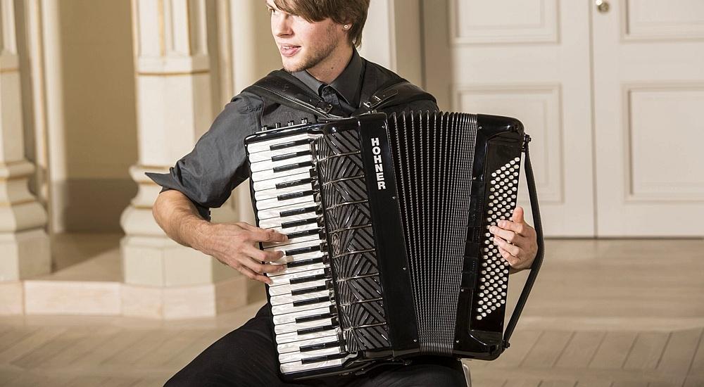 4 korzyści płynące z nauki gry na akordeonie