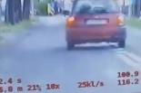 Młody kierowca Nissana stracił prawo jazdy,