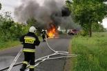 Pożar samochodu między Kłeckiem a Karniszewem