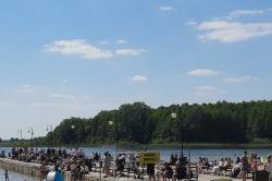 Długi weekend w Skorzęcinie! Do ośrodka zjeżdża coraz więcej turystów