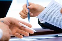 Klauzule abuzywne - 3 przykłady niedozwolonych zapisów w umowie deweloperskiej