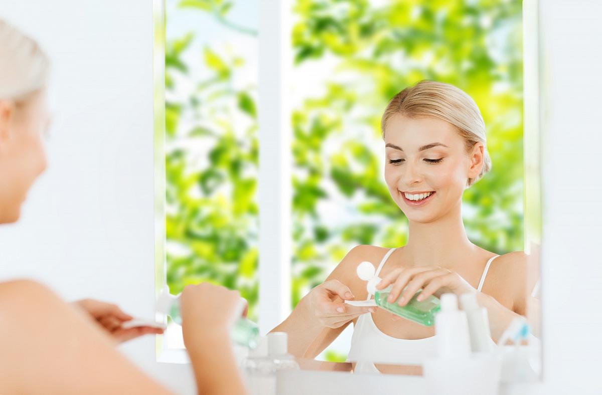 5 zasad prawidłowego demakijażu - jak skutecznie oczyścić twarz i oczy?