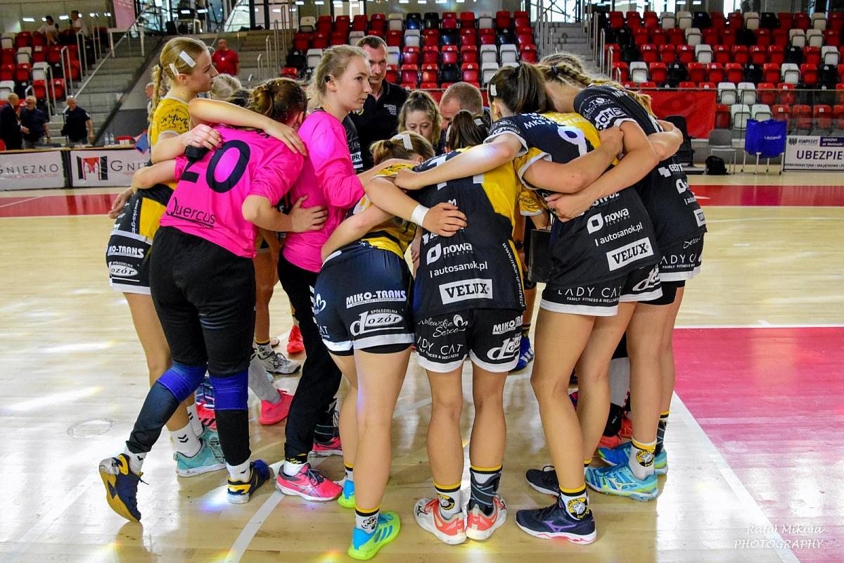 MKS PR Gniezno przegrywa pierwszy mecz w Final Four Mistrzostw Polski Juniorek Młodszych