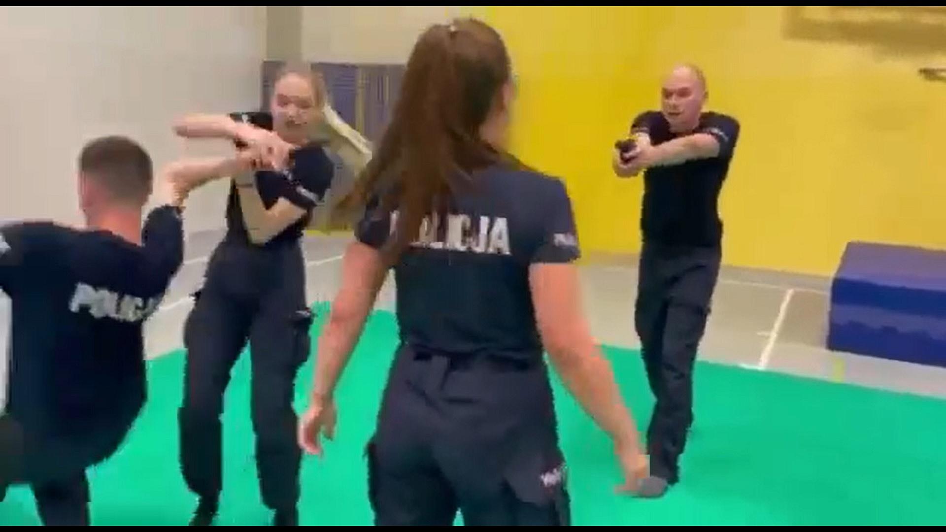 Gnieźnieńscy policjanci doskonalą swoje umiejętności