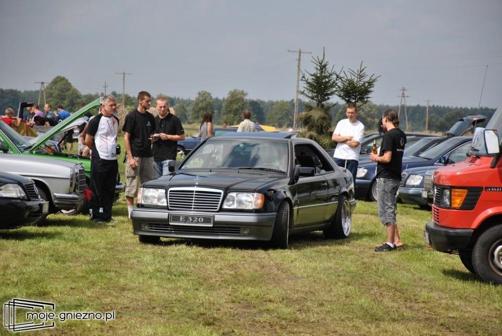 Piknik z Mercedesem