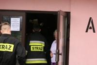79-letnia kobieta potrzebowała pomocy! Do akcji ruszyli strażacy i ratownicy medyczni