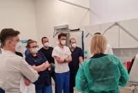 Personel szpitala szkolił się z obsługi nowych respiratorów