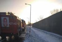 Pożar samochodu na drodze krajowej nr 15