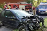 Wypadek w Waliszewie! Peugeot zderzył się z radiowozem jadącym na sygnałach świetlnych i dźwiękowych!