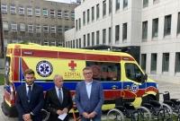 Nowy ambulans w gnieźnieńskim szpitalu