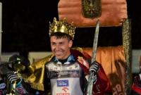 Paweł Przedpełski z królewską koroną!