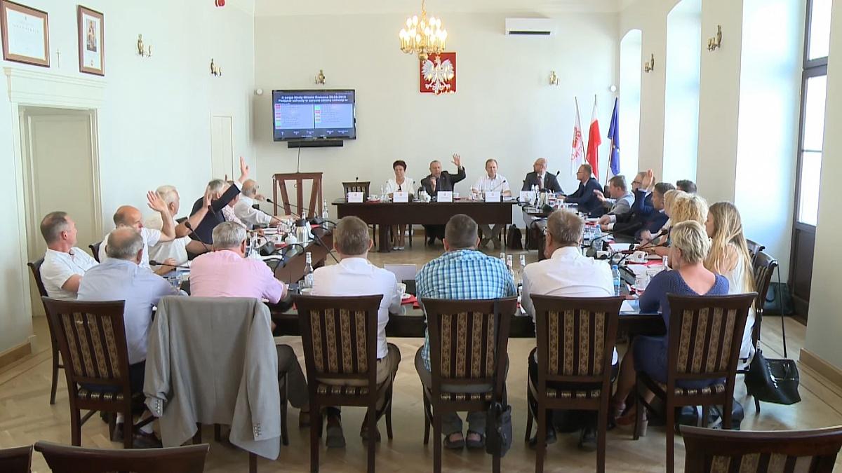 Radni Koalicji dla Pierwszej Stolicy poparli zakaz zainicjowany przez PiS