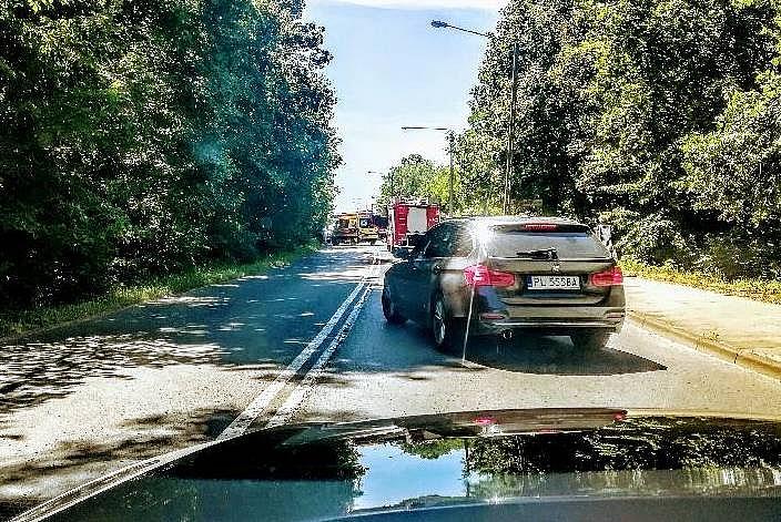 Dwie osoby w szpitalu po wypadku na skrzyżowaniu