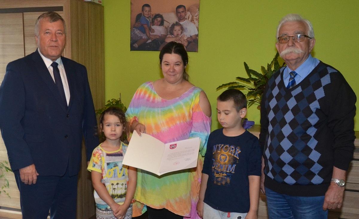 Znani starostowie dożynek w Kiszkowie