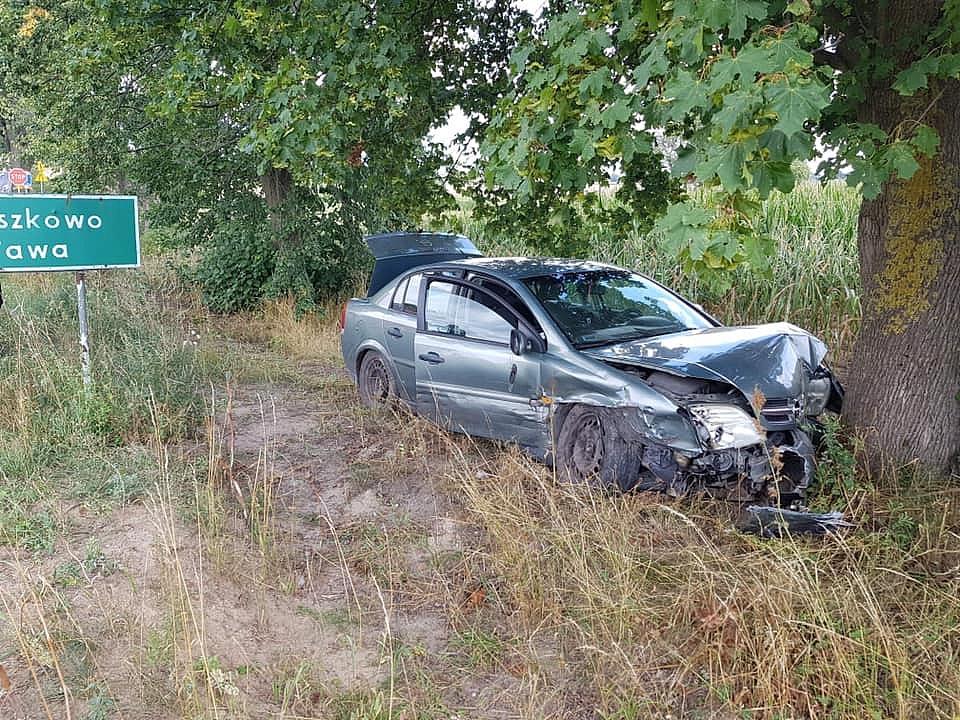 Wypadek na skrzyżowaniu w Darmoszewie