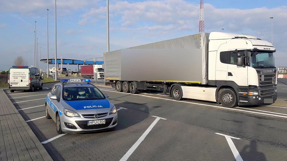 Jechał ciężarówką z Portugalii do Rosji i po drodze pił alkohol!
