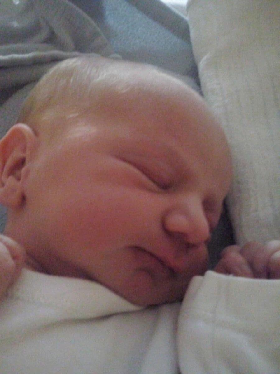 Lenka urodziła się w piątek na ulicy w Gnieźnie. Wszystko dobrze się skończyło dzięki