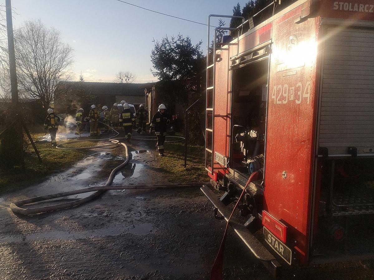 Pożar samochodu w Charbowie