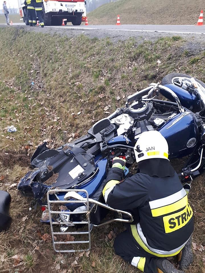 Pijany motocyklista wjechał do rowu! Wydmuchał 1,5 promila alkoholu!