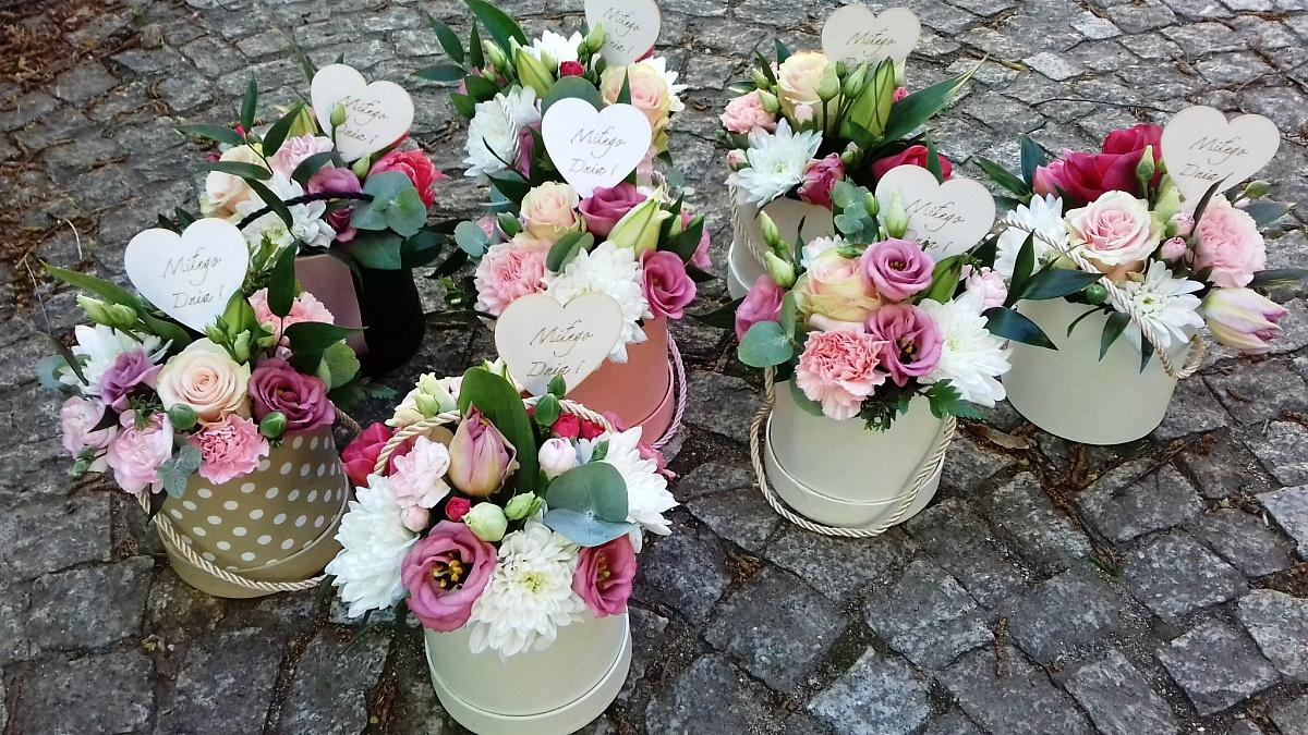 Samotny FlowerBox już w najbliższą sobotę! Piękne kwiaty znajdziecie w okolicach dworca