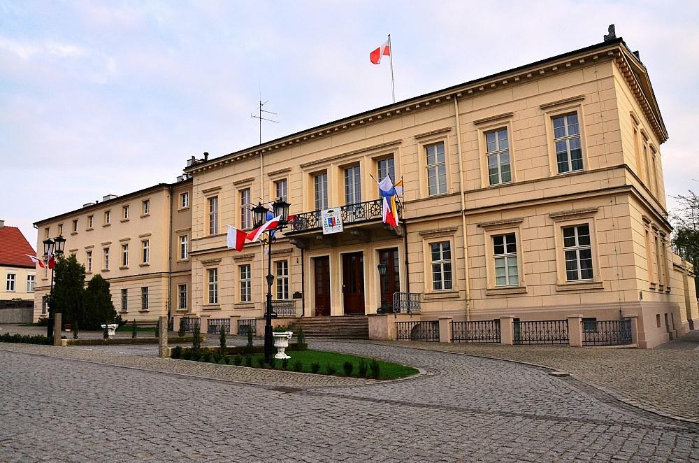 8 czynów pedofilskich w Archidiecezji Gnieźnieńskiej! Zgłoszenia dotyczyły 5 sprawców!