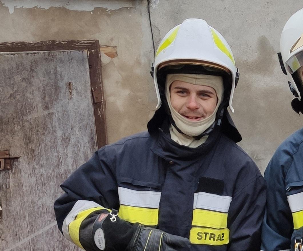 Strażak z OSP Kłecko potrzebuje pomocy! Uległ ciężkiemu wypadkowi i stracił rękę