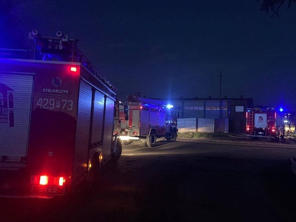 10 jednostek Straży Pożarnej zadysponowano do pożaru w Kamieńcu