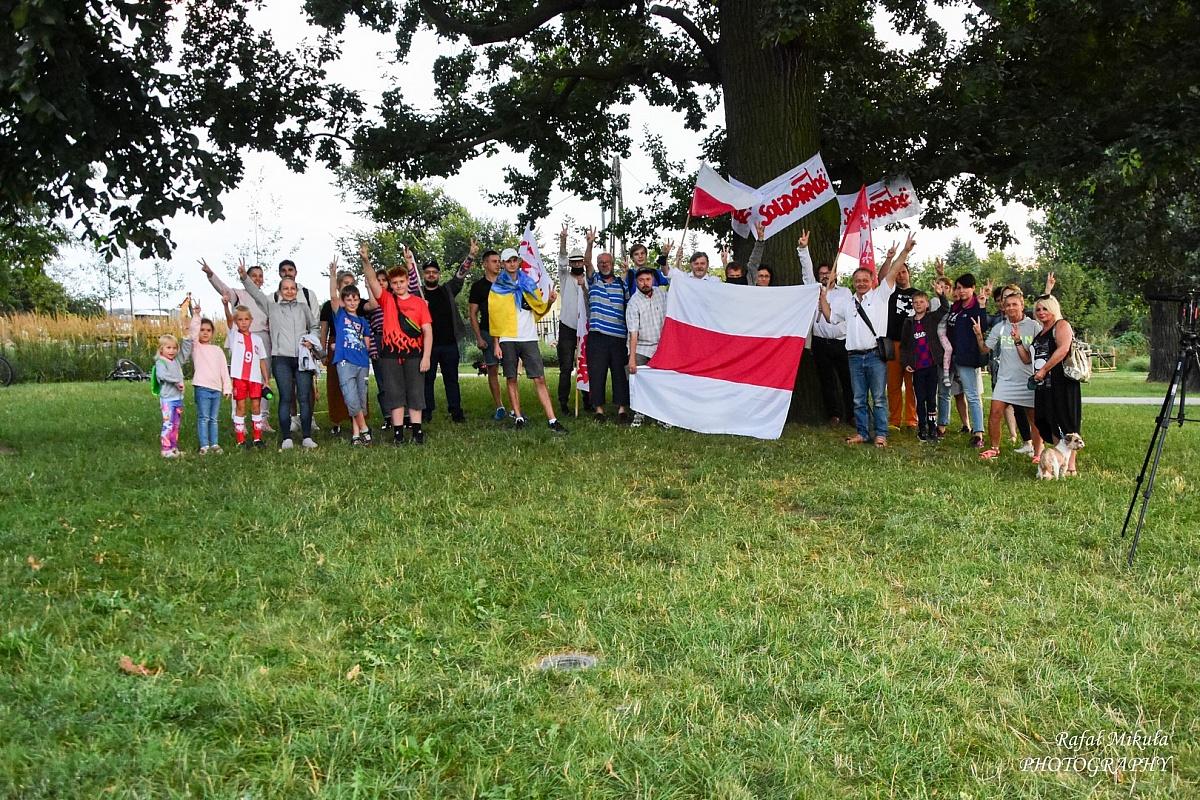 Gnieźnianie wyrazili swoje poparcie dla Białorusi