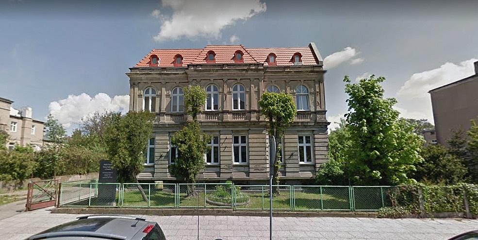 Miasto sprzedaje lokal w kamienicy przy ul. 3 Maja! Cena wywoławcza wynosi prawie pół miliona złotych!
