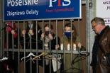 Manifestacja pod biurem posła Zbigniewa Dolaty!