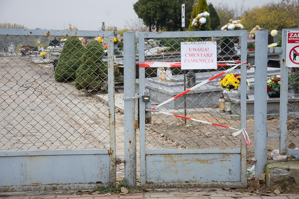 Pustki pod cmentarzami! Czy za złamanie zakazu wstępu grozi kara?