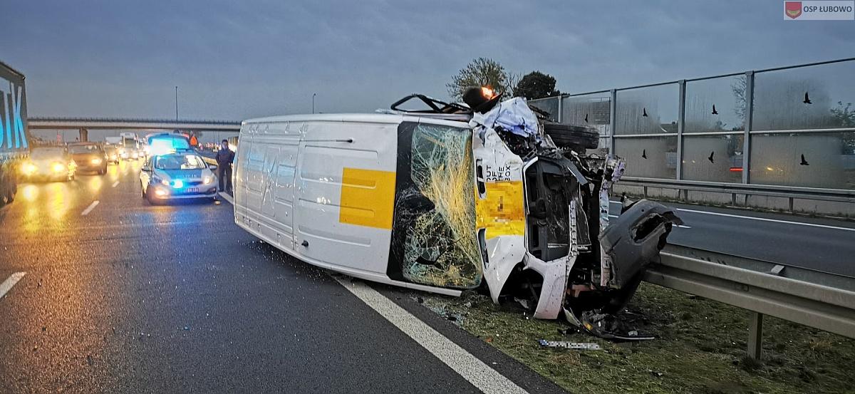 Wypadek w Woźnikach! Bus zderzył się z autobusem