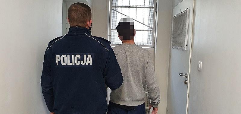 Zatrzymany za rozbój na 16-latku! Rzucił się na nastolatka nad Wenecją i ukradł mu telefon!