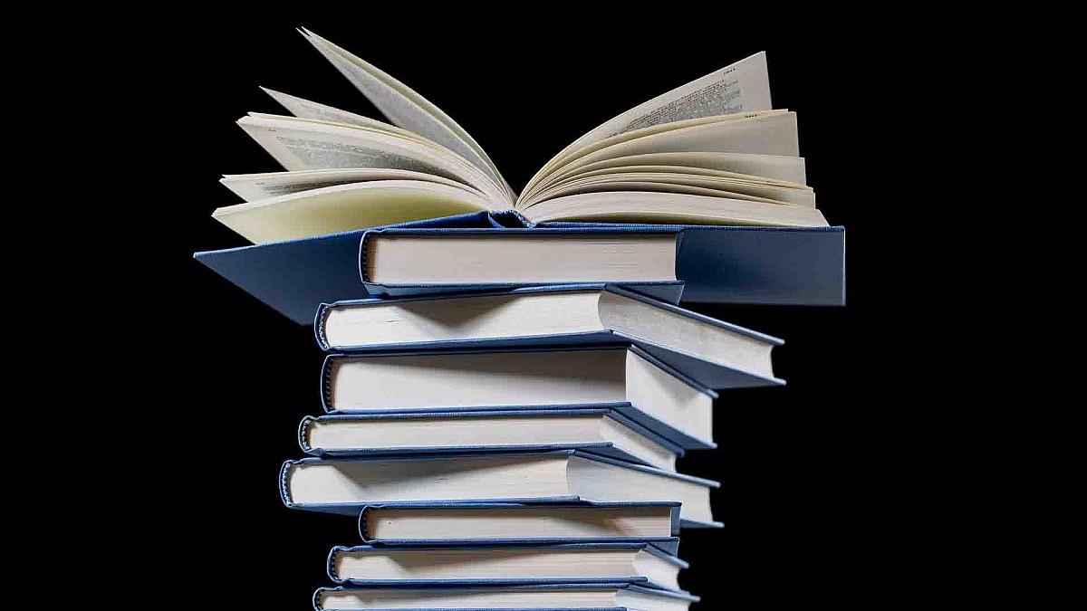Pięć książek, które każdy fan kart musi przeczytać