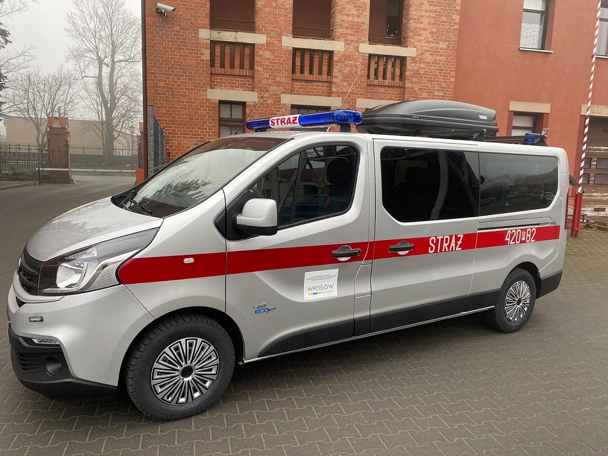 Nowy samochód i sprzęt dla gnieźnieńskich strażaków