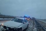 BMW uderzyło w bariery energochłonne! Samochód sam wezwał pomoc