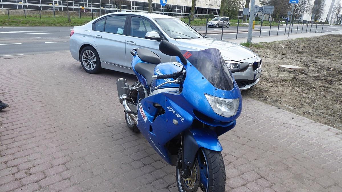 Cztery mandaty dla motocyklisty
