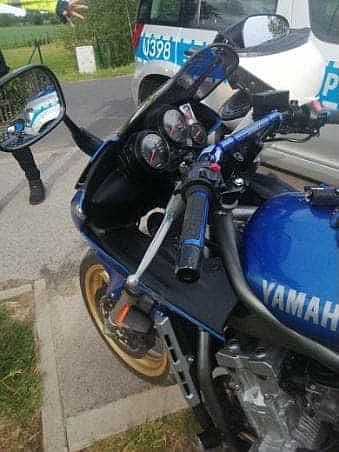 Pijany motocyklista uderzył w barierki