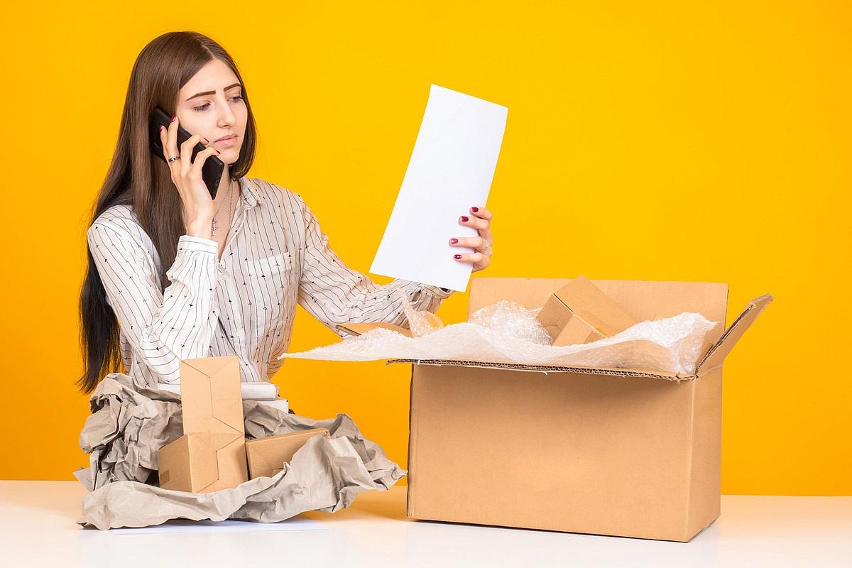 Dopłata za przesyłkę kurierską - za co bywa doliczana?