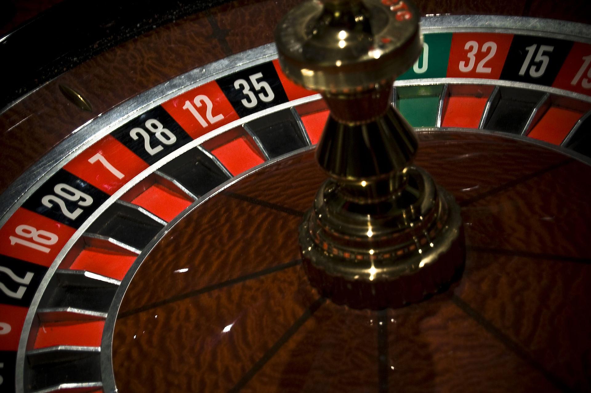 Cechy branży hazardowej w Polsce na przykładzie kasyna Nomini