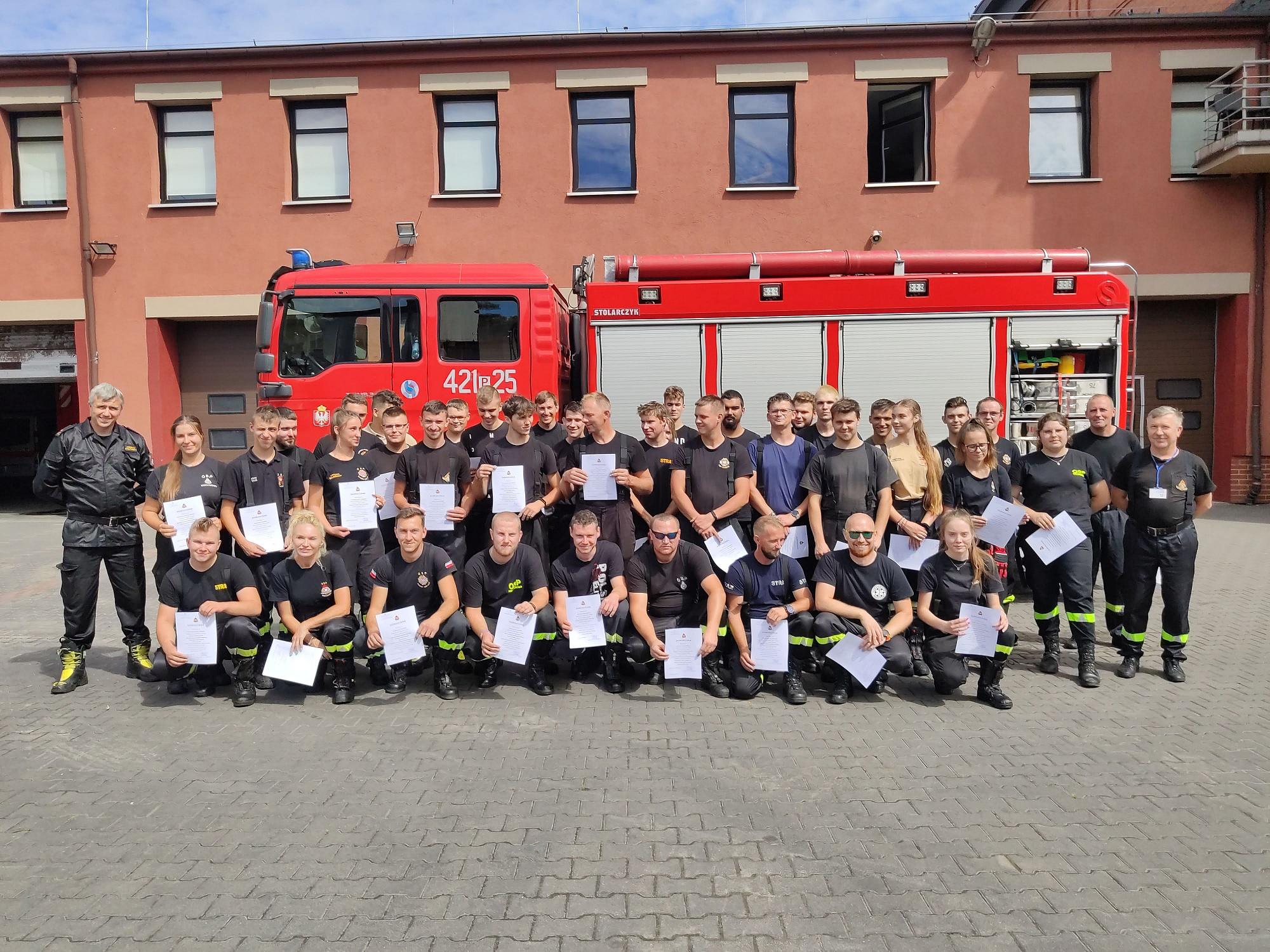 39 nowych strażaków w powiecie gnieźnieńskim!