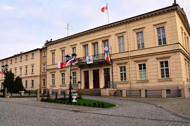 Dyrektor Muzeum Archidiecezji Gnieźnieńskiej ma problem z alkoholem? Kuria: