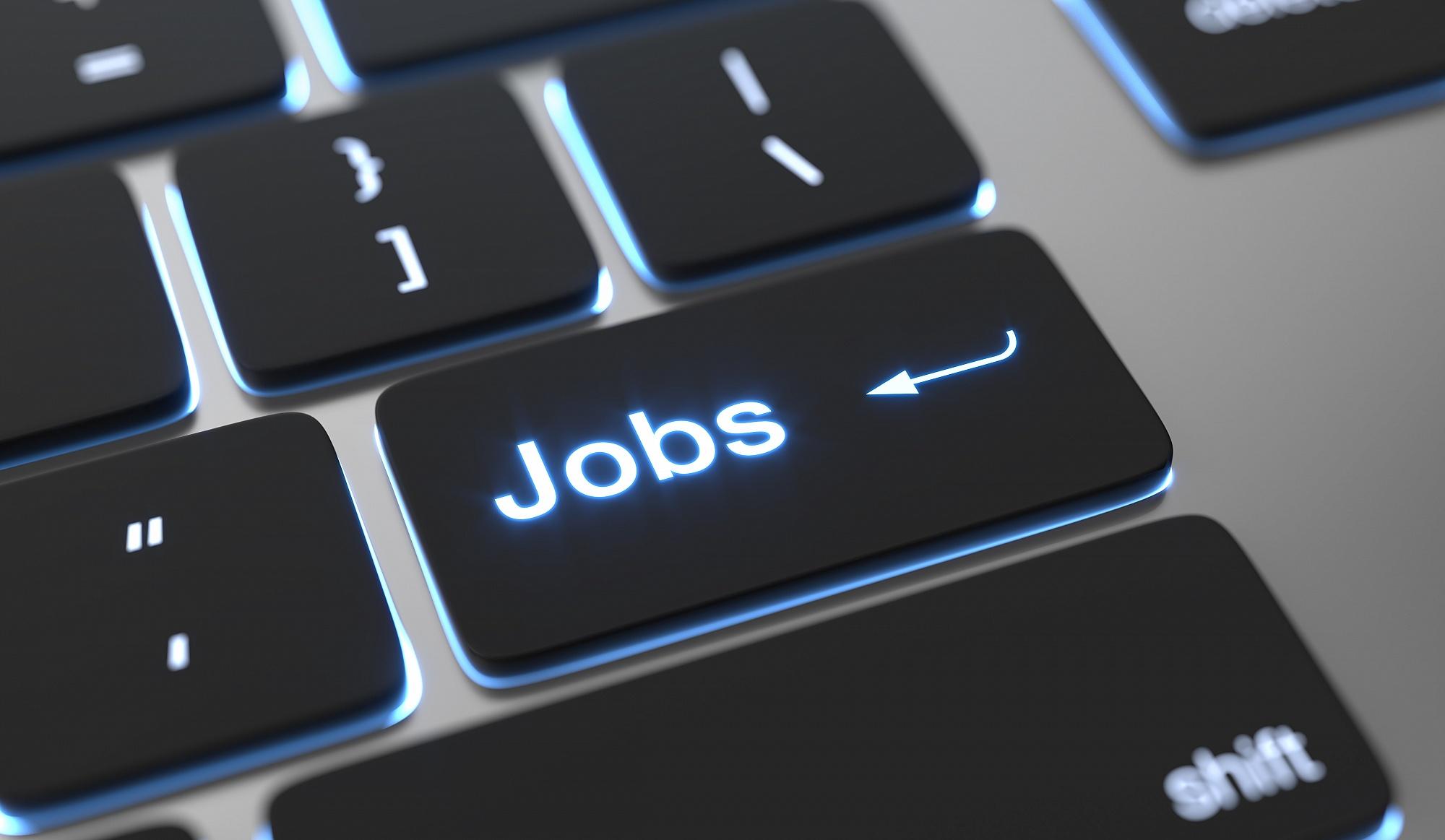 Czy w Poznaniu brakuje pracowników? Zobacz gdzie szybko znajdziesz pracę!