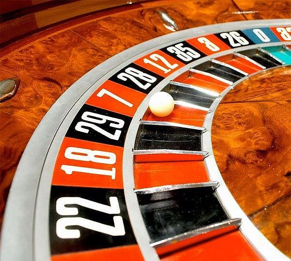 Gwiazdy futbolu, które uwielbiają hazard w kasynach