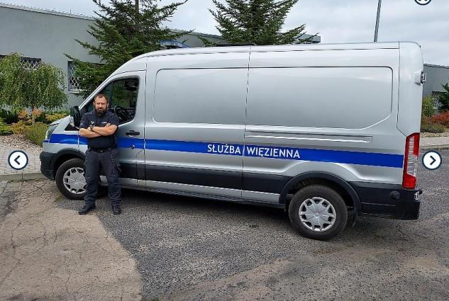 Funkcjonariusz Służby Więziennej zatrzymał pijanego kierowcę